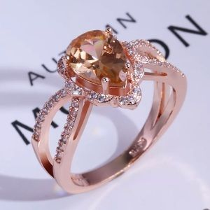 Jewelry - ✨18K Rose Gold Morganite Ring✨